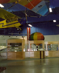 Case design in Mid-America Air Museum Science Hall